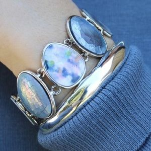 Chloe + Isabel Waterlily Bracelet